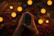 Kartenlegen - Die Karten als Spiegel der Seele  Foto: © itakdalee @ shutterstock