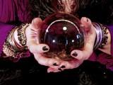 Kristallkugel  Foto: © Cora Reed @ Fotolia