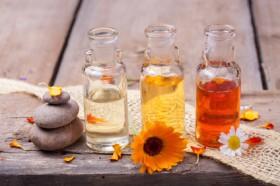 Bachblüten Therapie, alternative Behandlungsmethode, Selbstheilungskräfte, alternatives Heilverfahre Foto: © Floydine @ Fotolia