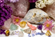 Kraftsteine - Jeder sollte einen haben Foto: © Martina Osmy @ Fotolia